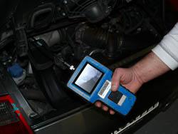 Araç Test Cihazı PCE-VE 330N pratik kullanımda