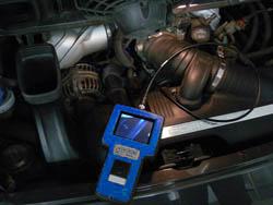 Araç Test Cihazı PCE-VE 320N motor bölümündeki kullanımı